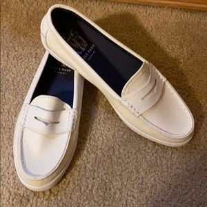 Cole Haan White Canvas Loafers size 8.5 NEW NoBox